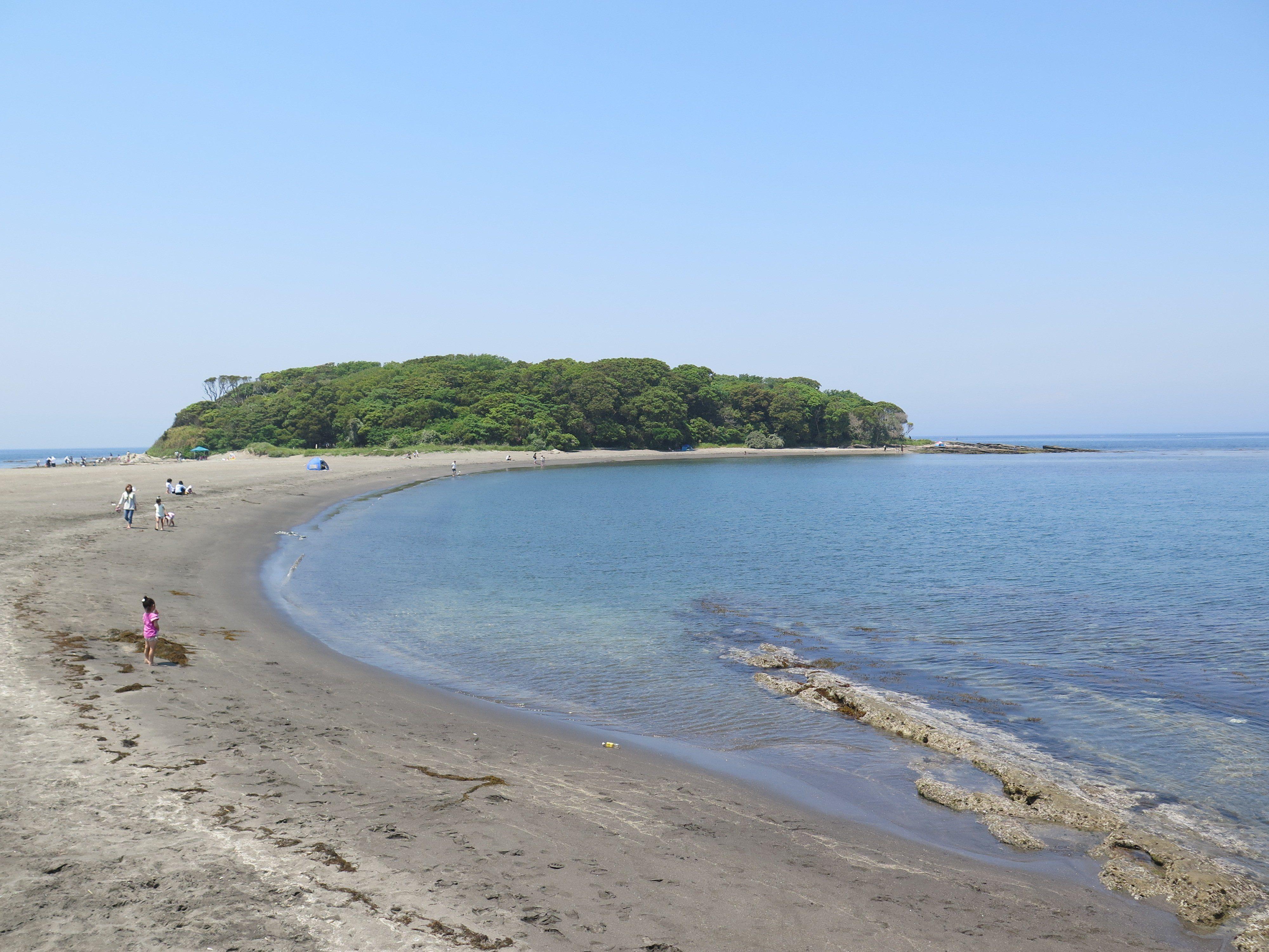 沖ノ島へのアクセス・駐車場は?シュノーケリングや磯遊びで自然を満喫!
