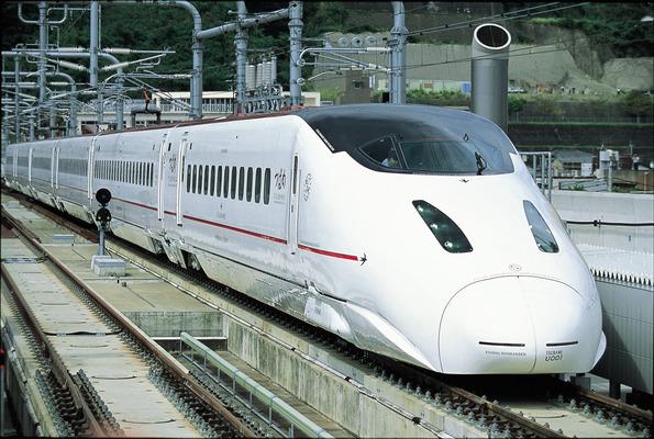 熊本から福岡博多は新幹線とバスどっちがお得?料金や時間を徹底比較!