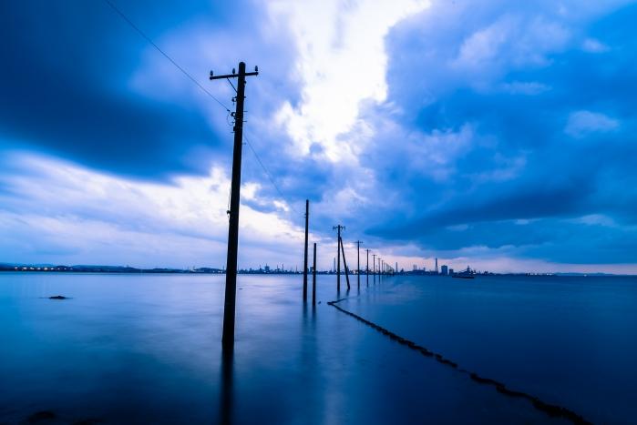 江川海岸(千葉)にあるウユニ塩湖!アクセスは?海上に続く不思議な電柱!