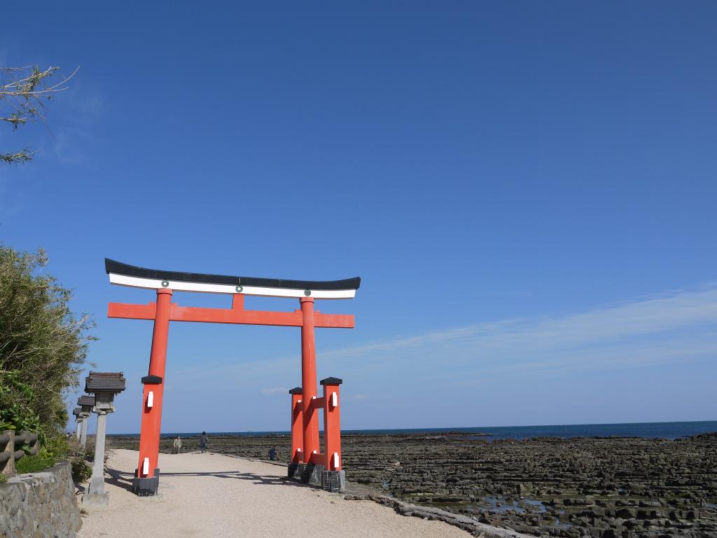 宮崎の青島にある神社は観光にピッタリ!周辺グルメやカフェなど食事も紹介