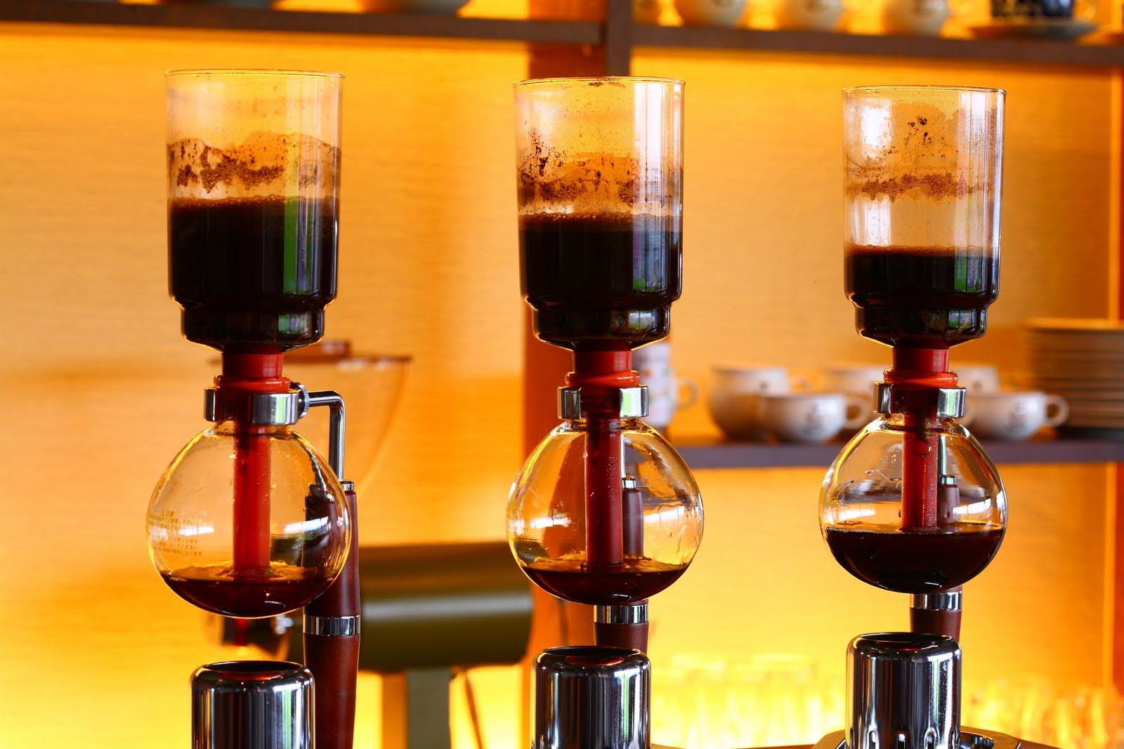名古屋のコーヒー専門店11選!豆にこだわった有名店や気軽に寄れるスタンドまで