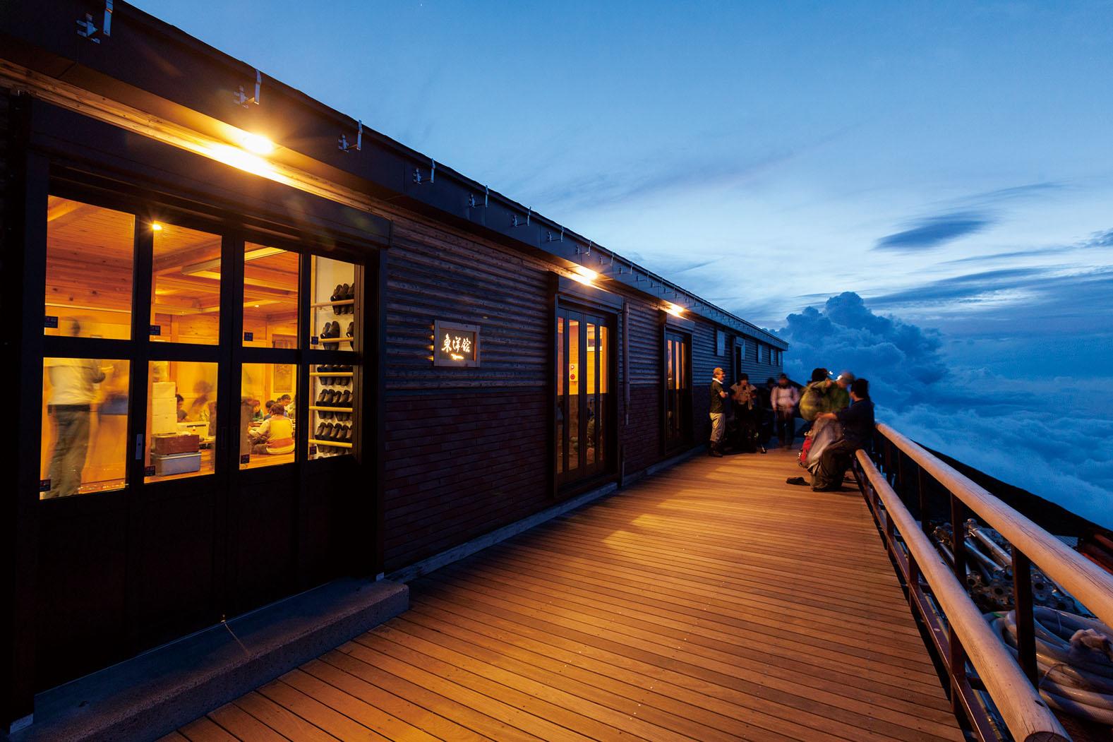 富士山の山小屋おすすめはどこ?食事や個室情報を調査!予約方法は?