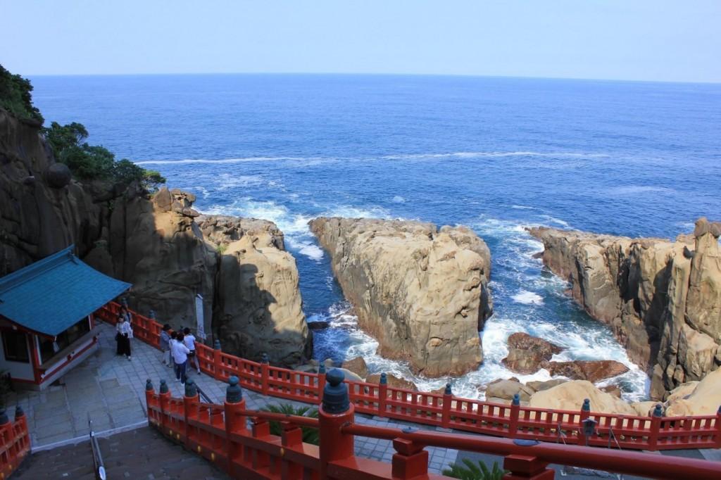 宮崎の神社を巡り人気の御朱印集め!有名なパワースポットもあり!