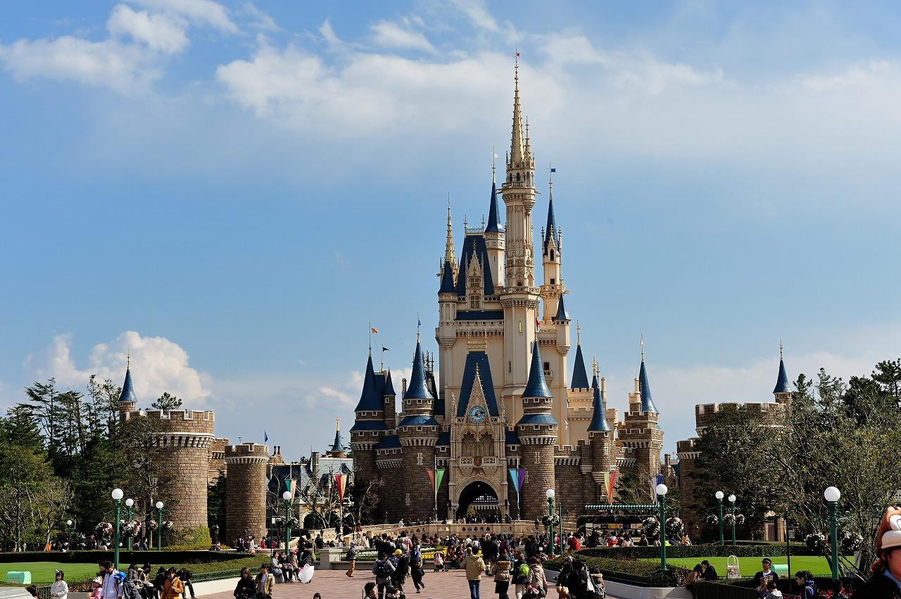 東京ディズニーランドのお土産人気ランキング!文房具やお菓子の値段は?