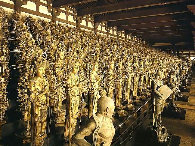 京都の三十三間堂の見どころ!お守りや周辺のスポットもご紹介!