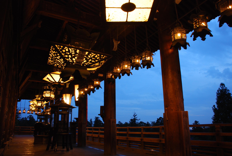 奈良のお水取りとは?日程などご紹介!1250回を超える歴史的な行事!