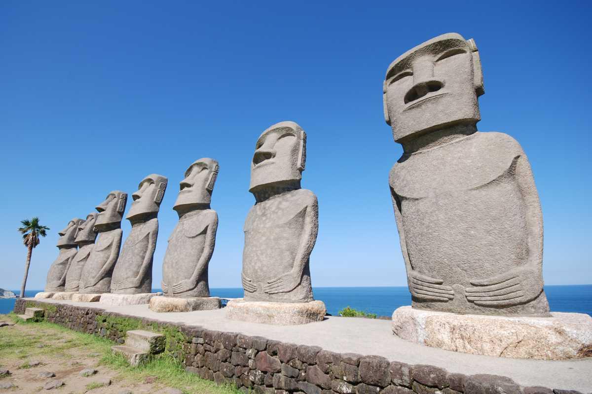 日南の観光スポットまとめ!モアイが出迎える名所やおすすめグルメも!