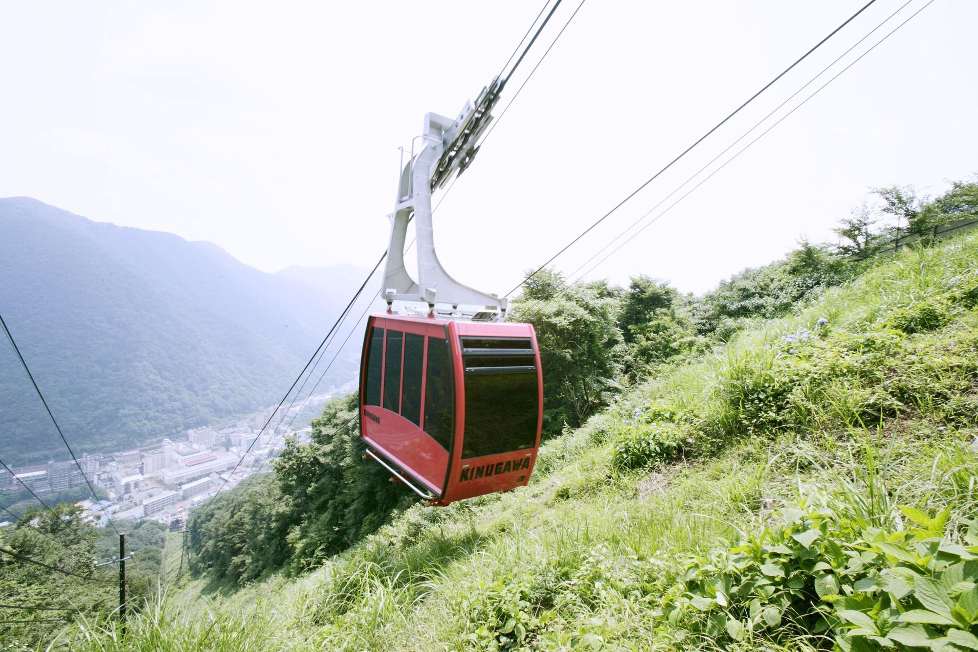 鬼怒川ロープウェイで絶景を楽しもう!おさるの山で温泉神社のご利益を!