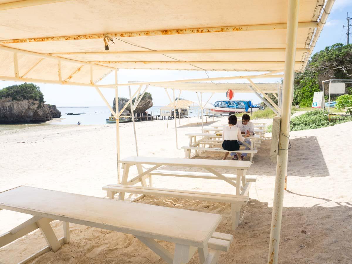 沖縄南部のカフェ特集!おすすめのランチを絶景の海を見ながら楽しもう!