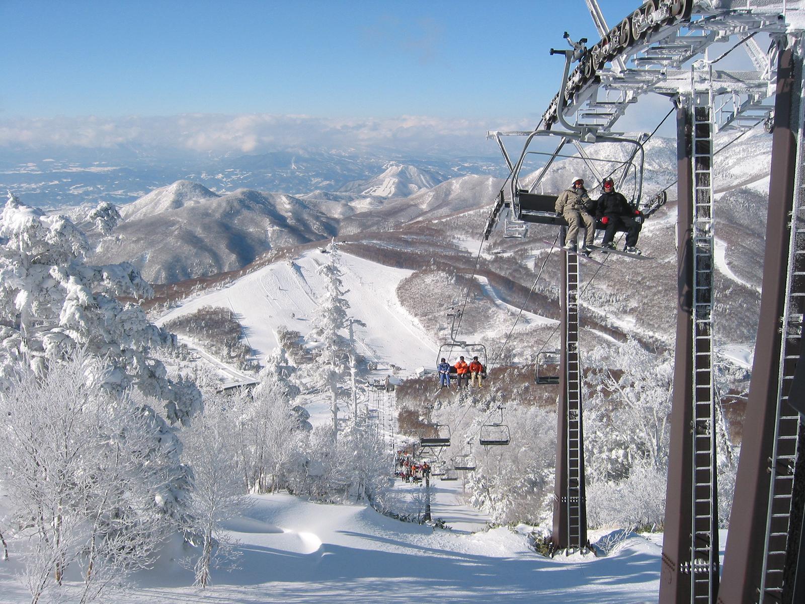 志賀高原スキー場のおすすめゲレンデ15を解説!リフトや初心者コースなど