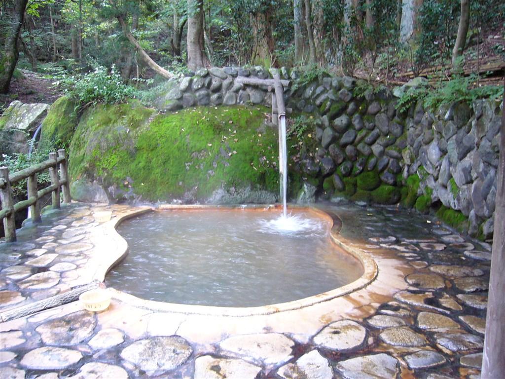 塩原温泉日帰り人気ランキングTOP16!癒しの湯!川近くの秘湯・混浴有り!