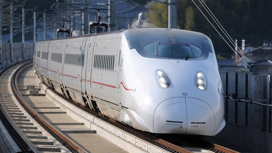 鹿児島から福岡博多までバス・JR新幹線・飛行機を比較してみた!