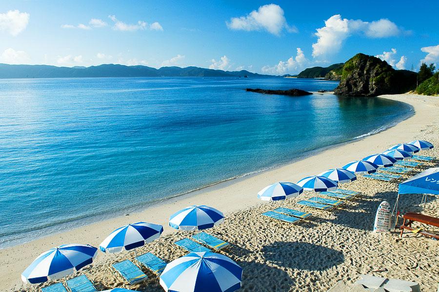 座間味島の観光スポットご紹介!ビーチでシュノーケルやダイビングも楽しめる!