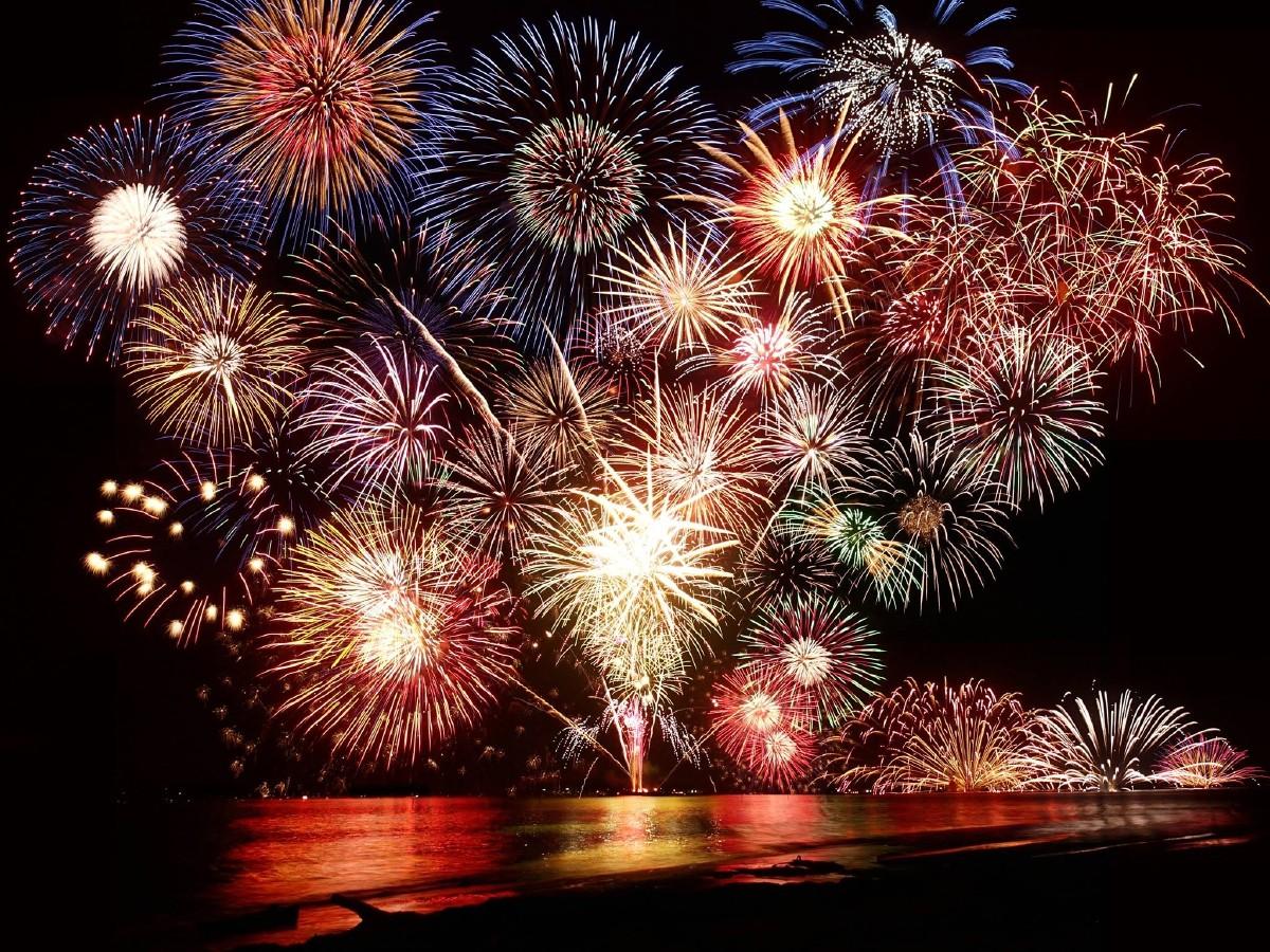小山花火大会2017!駐車場・穴場スポットはココ!前夜祭から盛り上がろう!