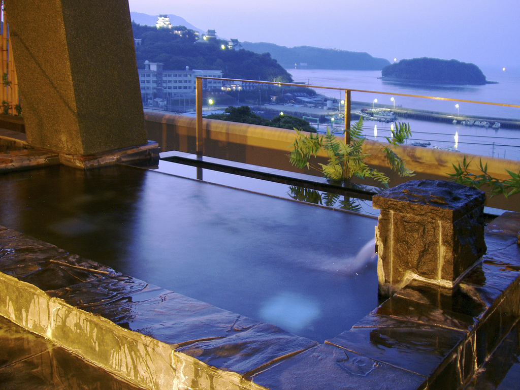 平戸の温泉&日帰りランキング!おすすめの旅館や人気の家族風呂などを紹介!