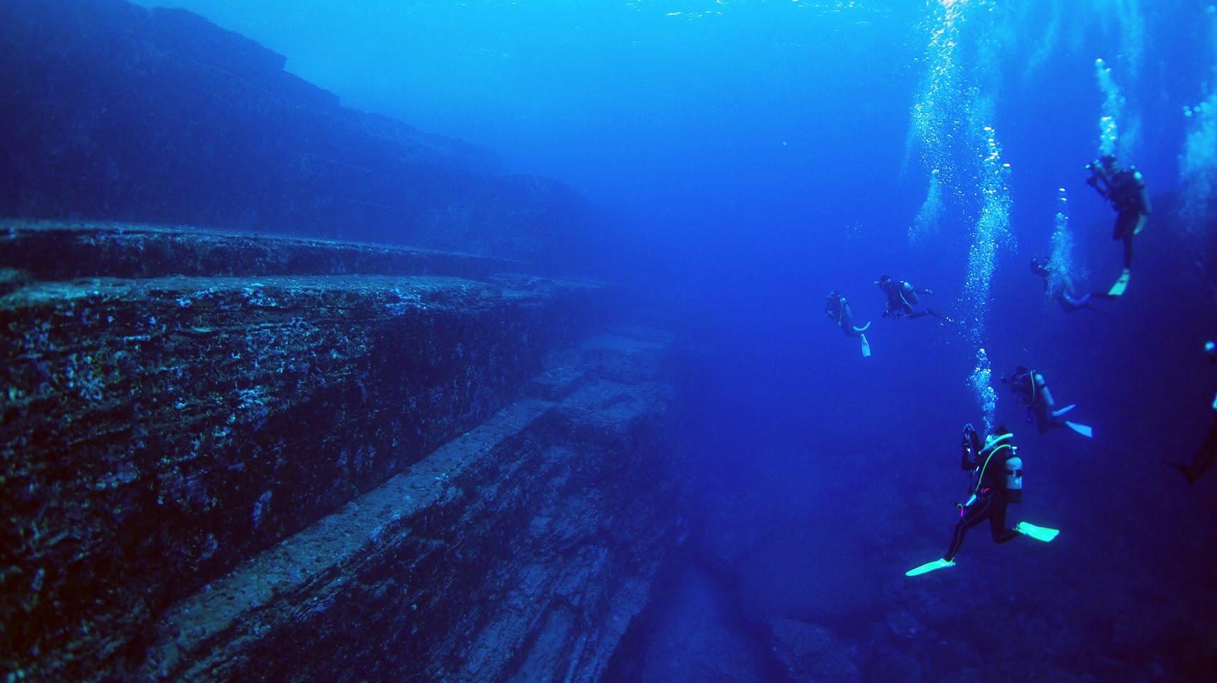与那国島の海底遺跡!グラスボートやダイビングでも見れる?水深は?