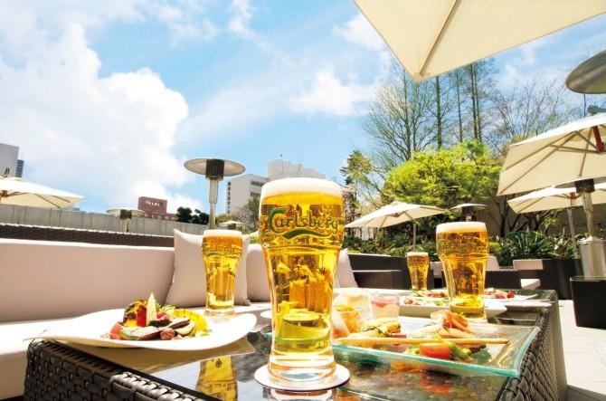 横浜で昼飲みが安いのは?飲み放題などおすすめのお店を紹介!