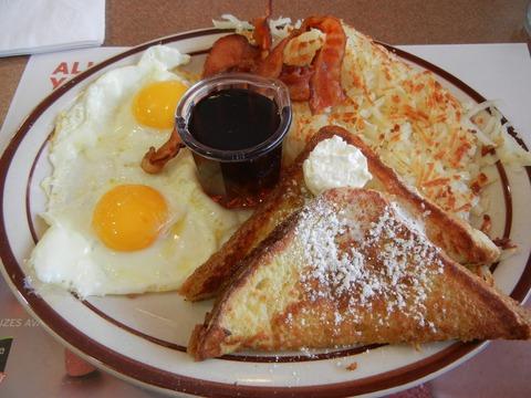 アメリカの朝食7選!旅行で味わいたい定番から話題のメニューまで