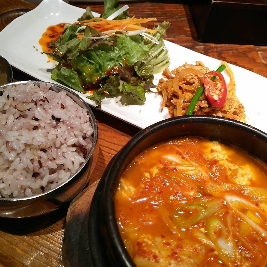 梅田の韓国料理が食べられる店!おすすめのランチや食べ放題など紹介
