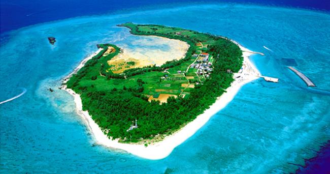 「水納島」はフェリーですぐ行ける離島!観光おすすめスポットまとめ!