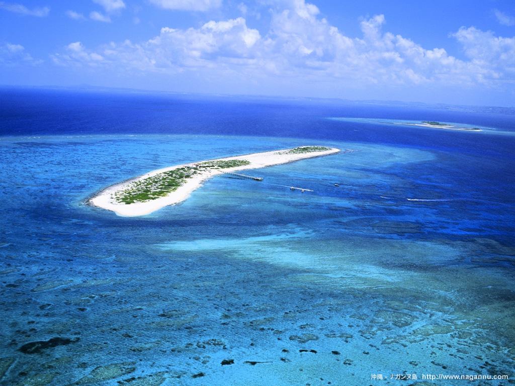 沖縄の無人島ナガンヌ島に行こう!宿泊施設もあり!日帰りでも楽しめる!