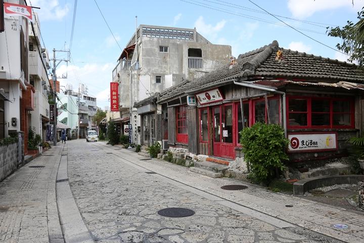 壺屋やちむん通りをご紹介!那覇のおすすめ観光地を散策しよう!
