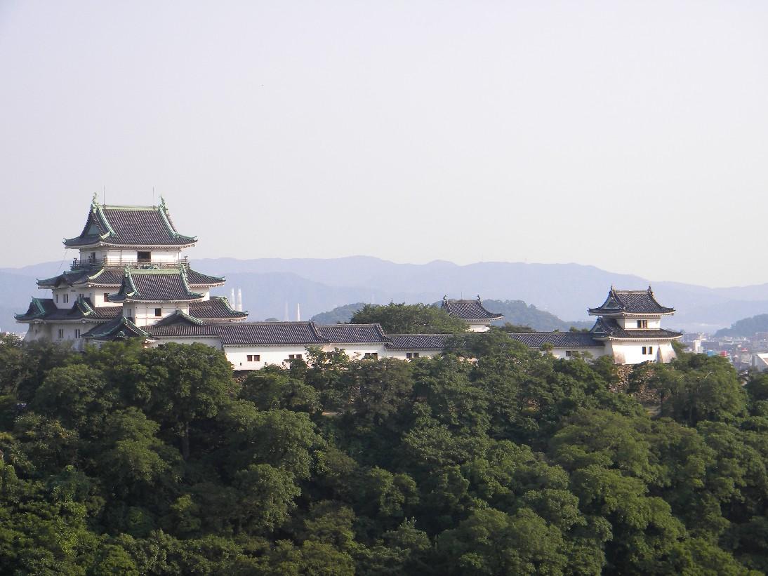 和歌山城の観光名所はここ!アクセスやランチにおすすめのお店などご紹介!