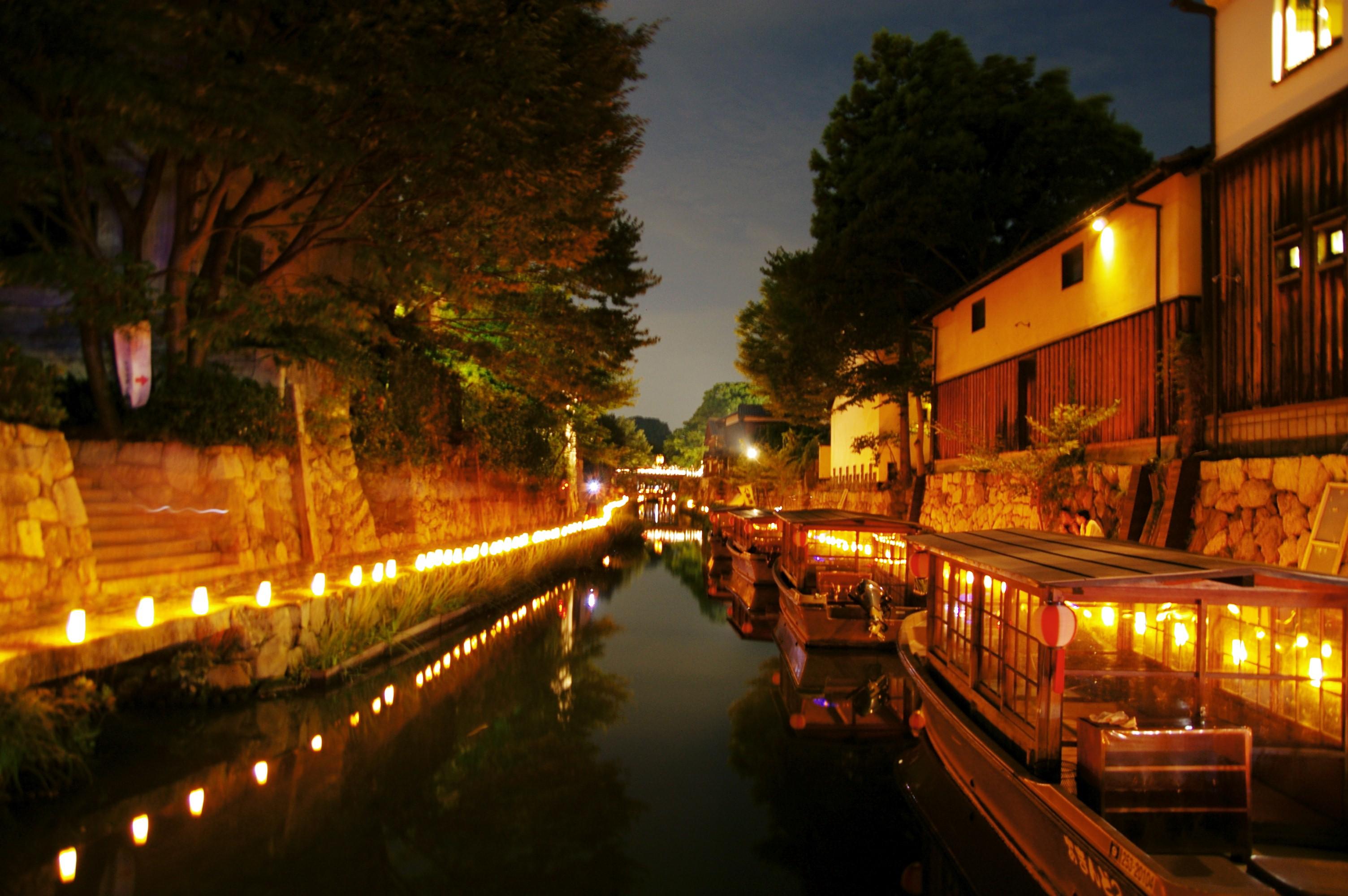 八幡堀は近江八幡観光スポット人気NO1!船から観る桜は格別