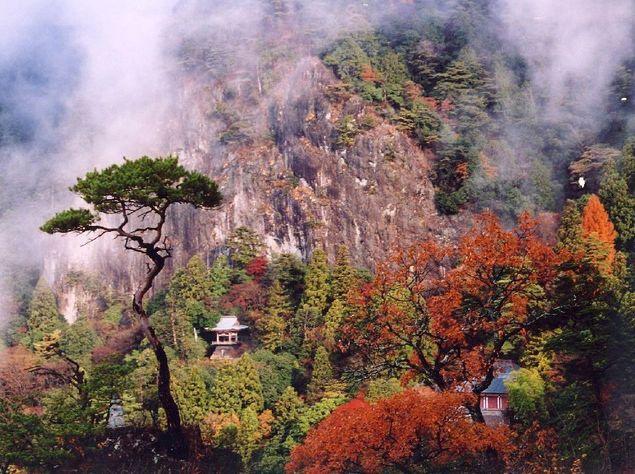 鳳来寺がある鳳来寺山へ行こう!登山や東照宮参りのあとは温泉でゆったり!