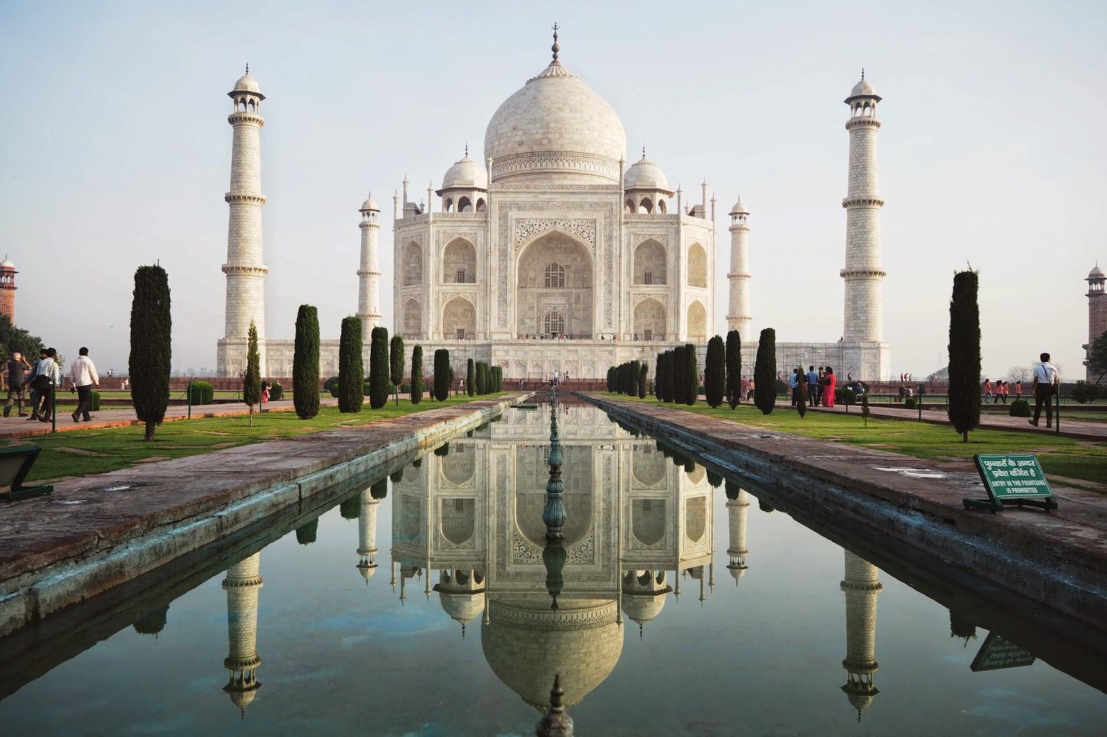 タージマハル(インド)の場所・入場料は?世界一きれいな霊廟の見どころも!