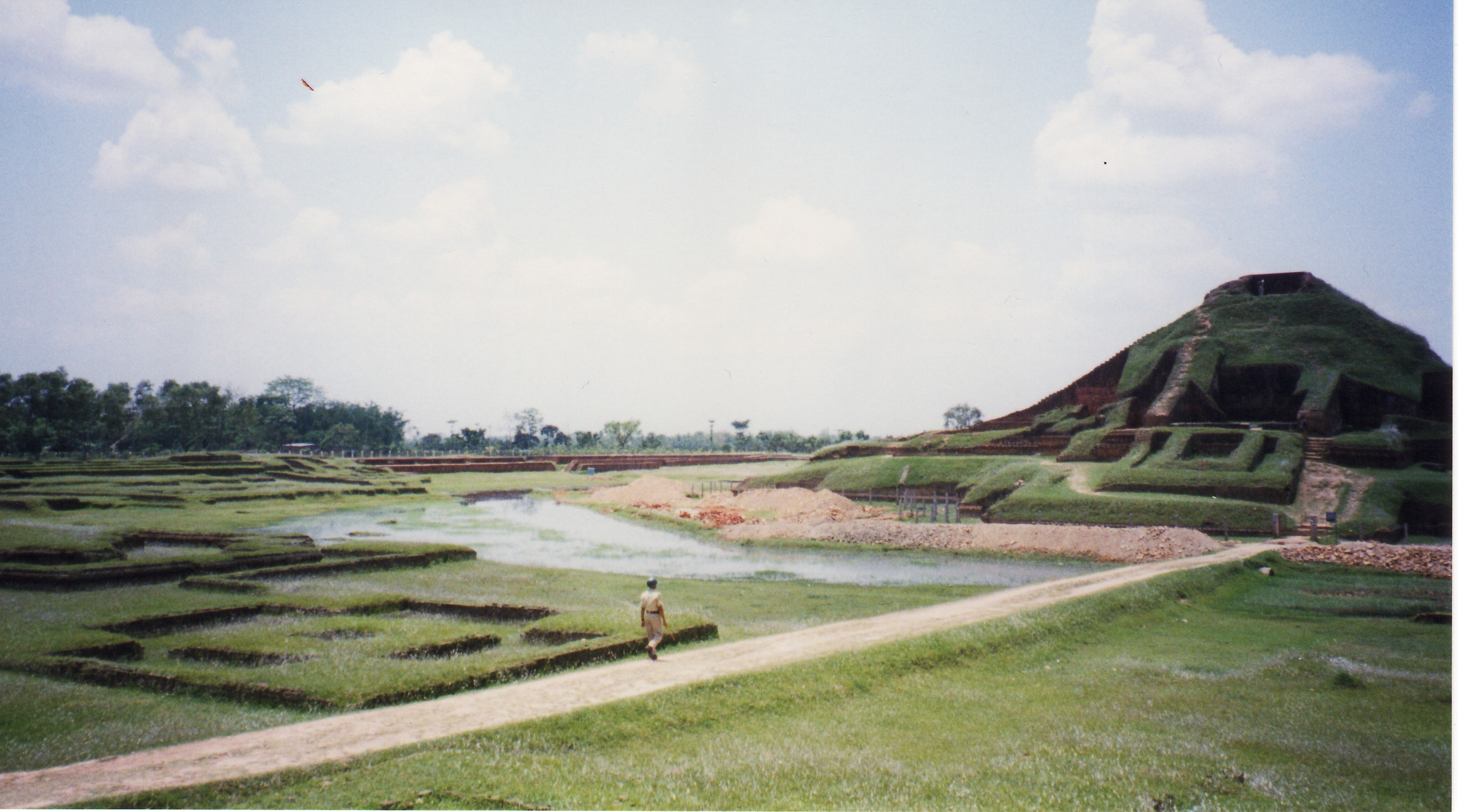 バングラデシュの場所はどこ?観光おすすめスポットを厳選!世界遺産もあり!
