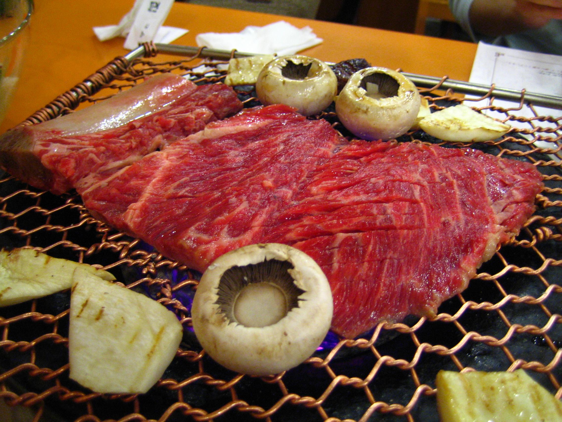 韓国焼肉で知っておくべきこと!おすすめはサムギョプサルとデジカルビ!
