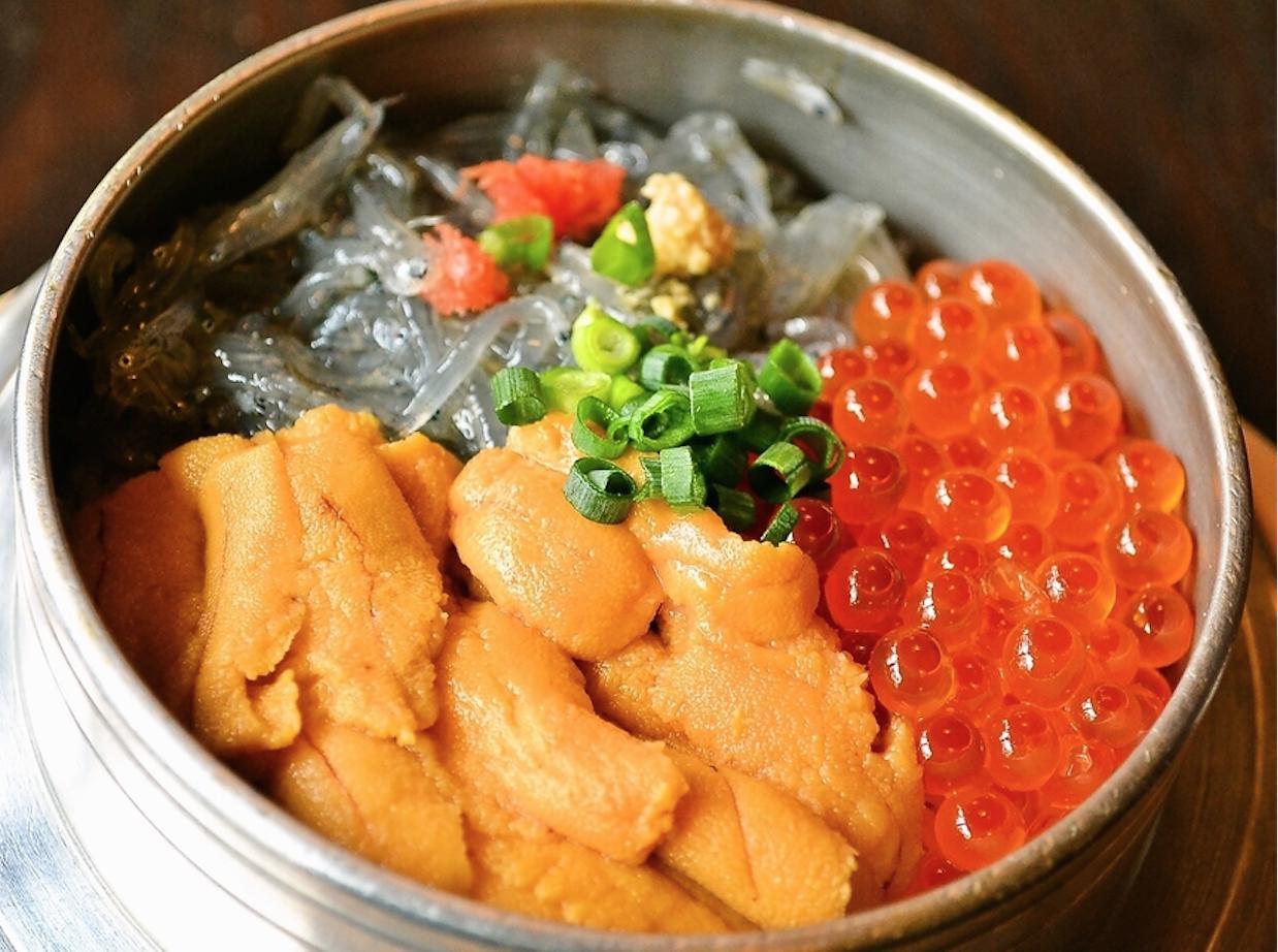 鎌倉で海鮮丼・海鮮料理を食べるなら?おすすめのお店を紹介!