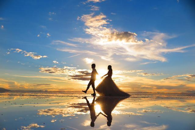 ボリビア・ウユニ塩湖の魅力を調査!ベストシーズンは?一度は見たい奇跡の絶景!