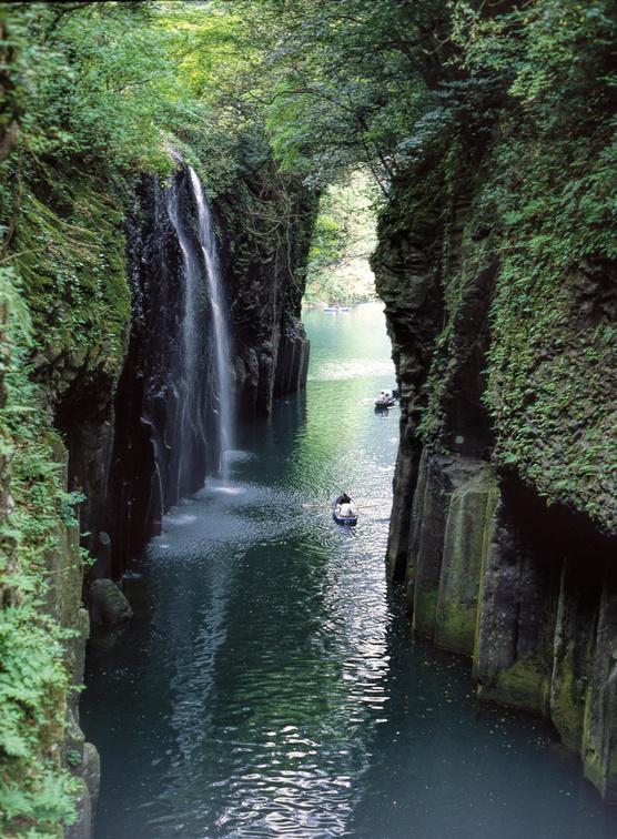 九州パワースポット巡り!神社や日本一といわれるスポットで運気を上げよう!