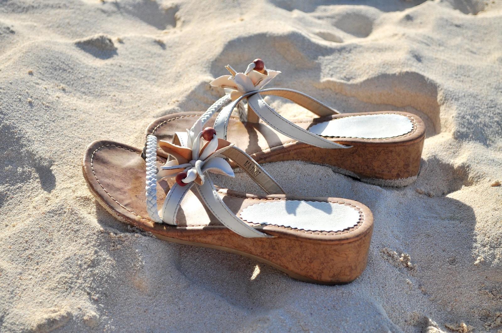 ハワイのビーチサンダルおすすめブランドBEST7!限定品もあり!