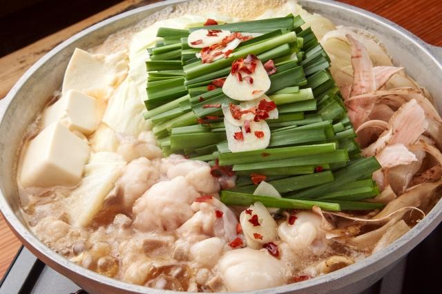 新宿のもつ鍋屋でうまいと人気なのは?おすすめの有名店をランキングで紹介!