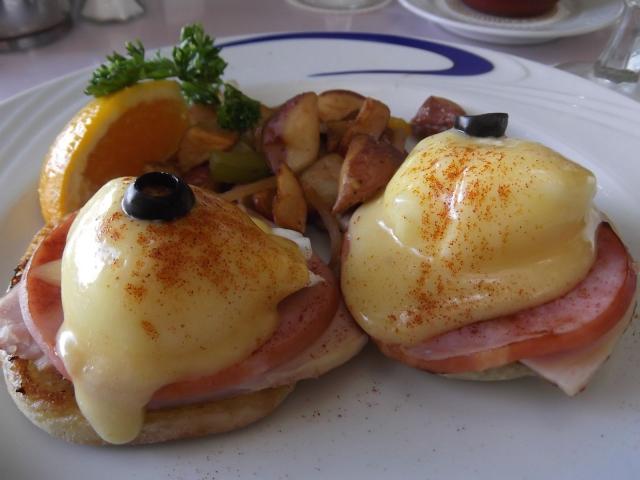 ワイキキで朝食がおすすめの店BEST5!エッグベネディクトも人気!