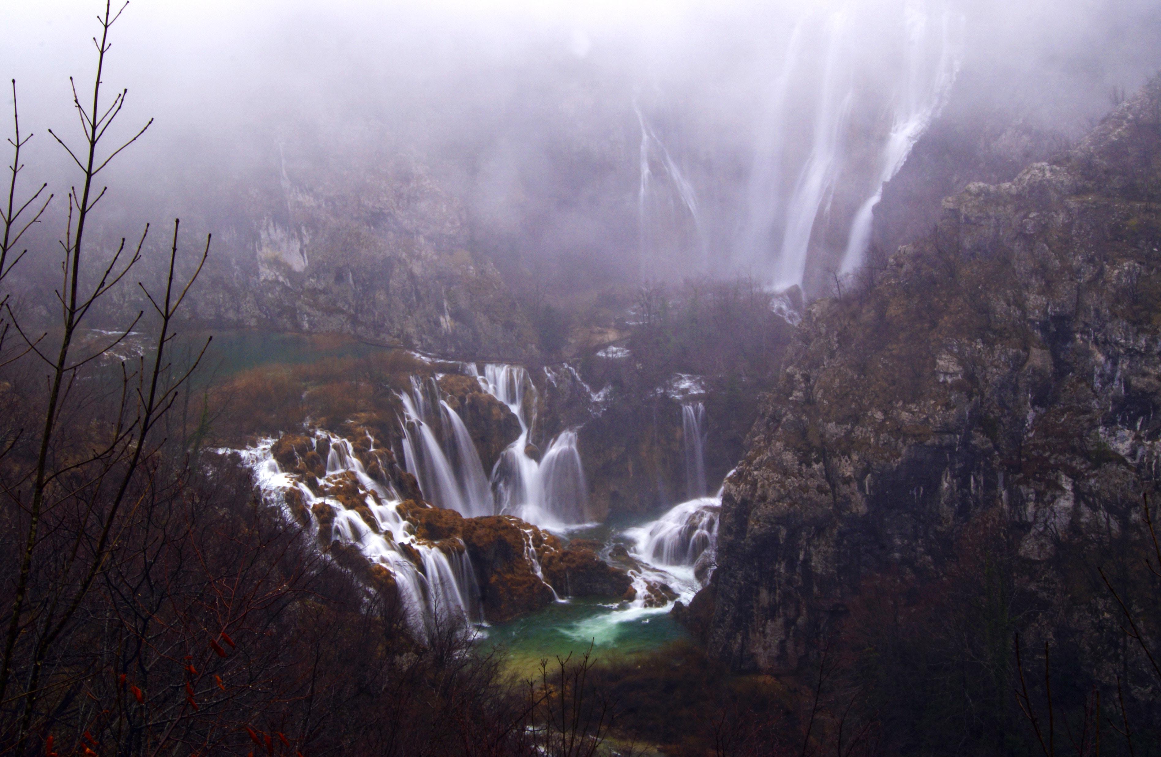 プリトヴィツェ湖群国立公園を観光!冬は絶景!現地ツアーもあり!