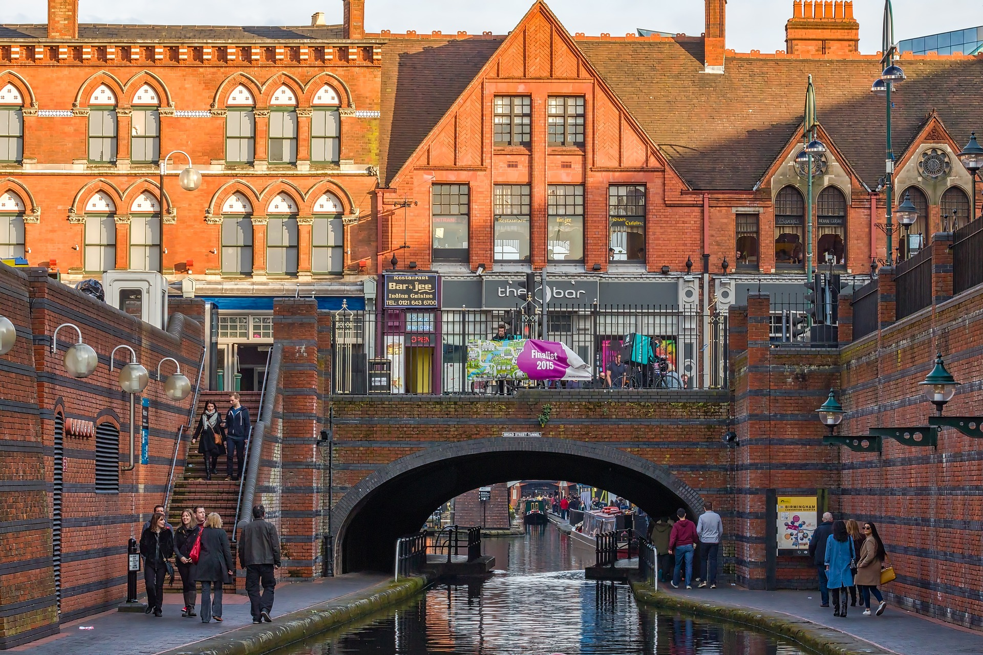 バーミンガム観光スポット17選!穴場の観光都市!運河ツアーも人気!