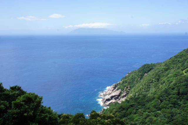屋久島でダイビング!アクティビティ・沢登り・カヤック・釣り・川遊び等をご紹介