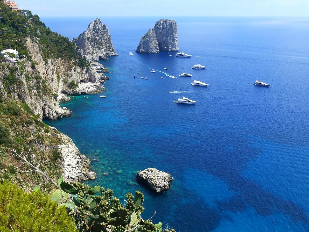 イタリア・カプリ島の人気観光スポットBEST5!ツアーでも大人気!