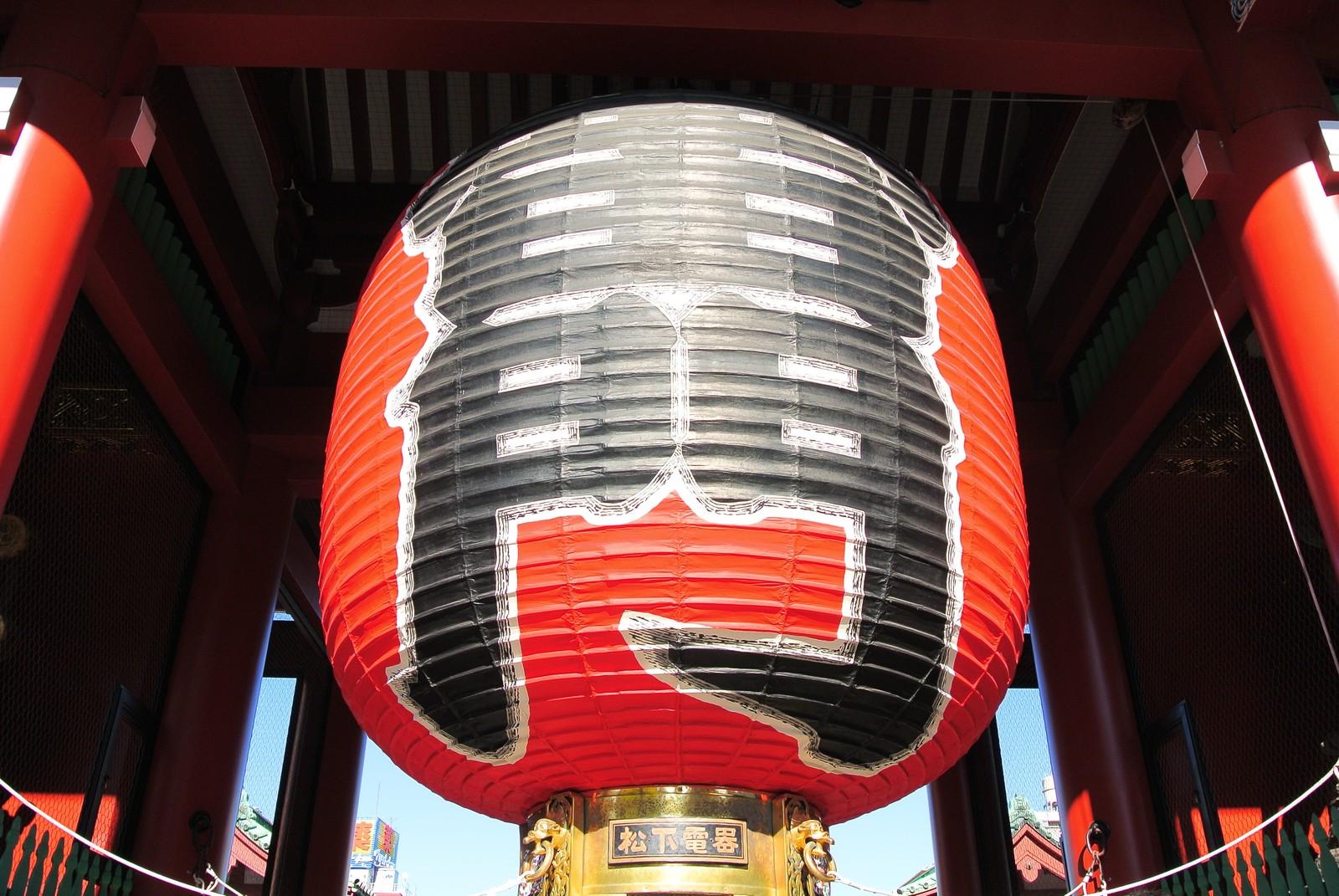 浅草寺の歴史やお参りのポイント!雷門をくぐり仲見世で食べ歩き!