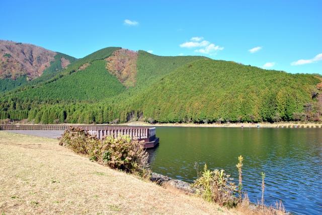 静岡キャンプ場はココがおすすめ!コテージや人気の川遊びに釣りができる所も!