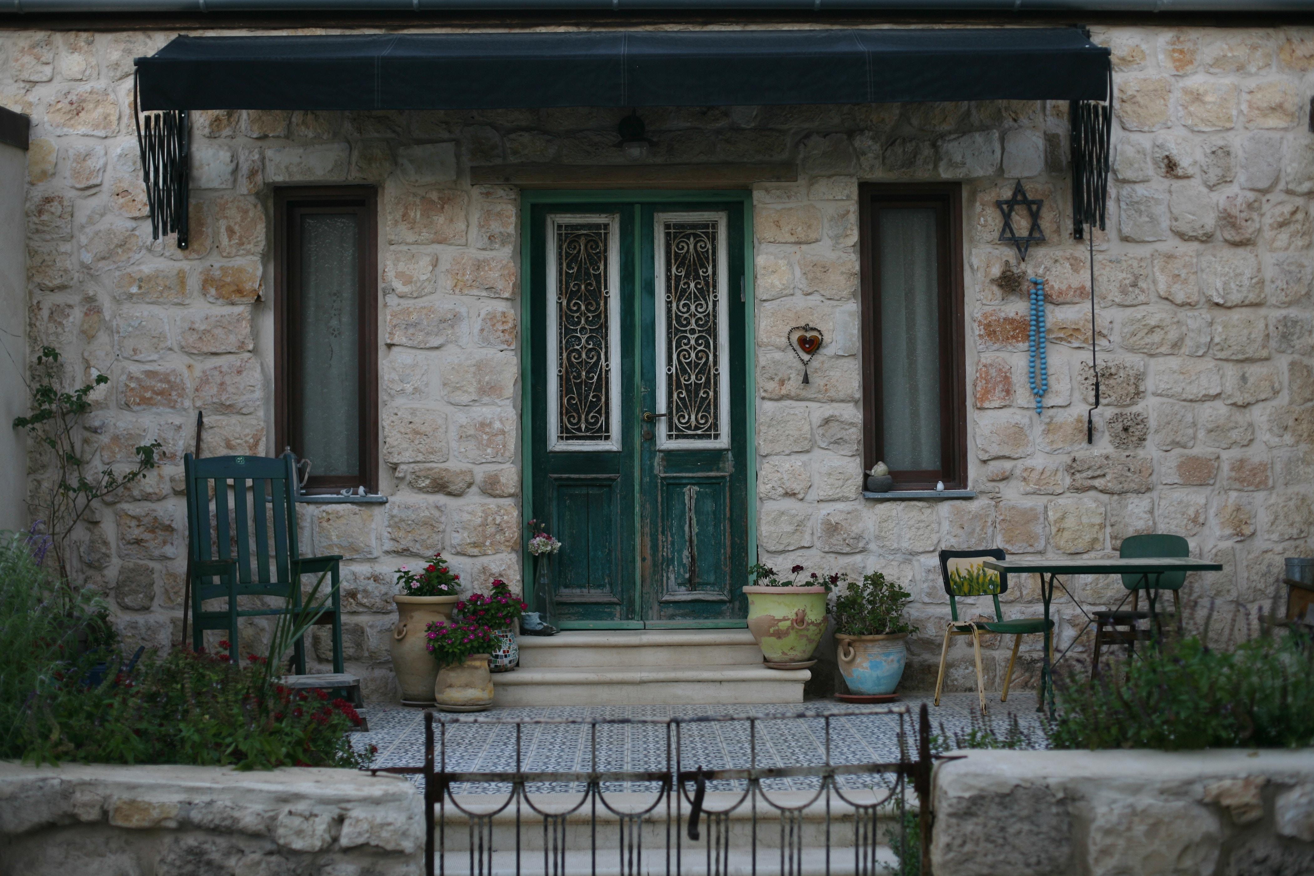 イスラエル料理のおすすめを紹介!現地の朝ごはんから行列の街中フードまで!