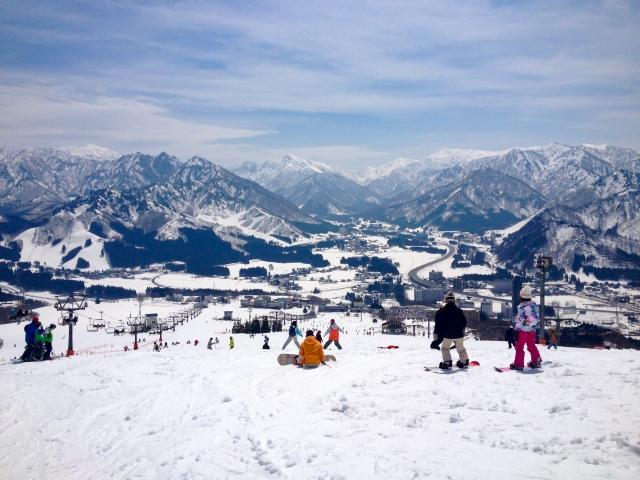 上越国際スキー場を徹底ガイド!営業時間やアクセス・宿泊情報も!