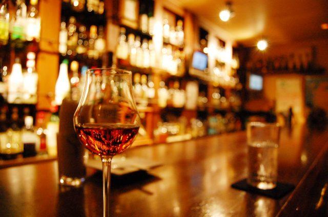 自由が丘のバーで夜を過ごす!一人飲みにおすすめや話題の日本酒バーも!