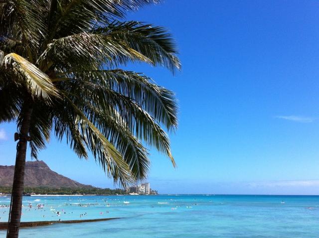 ハワイでのドレスコード!男性も女性もリゾートカジュアルがベスト?