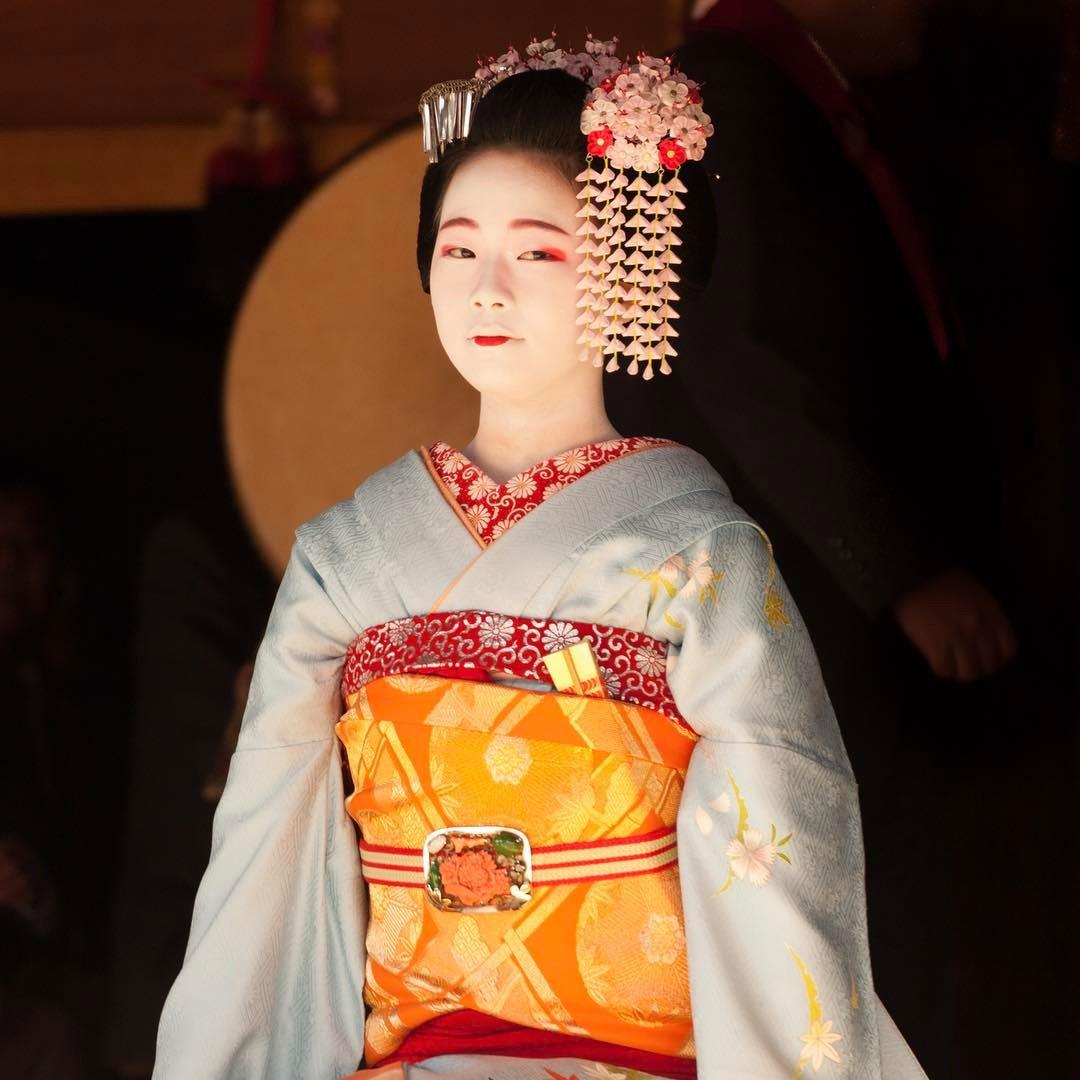 京都・上七軒を観光!舞妓さんも立ち寄る美味しいランチや老舗の和スイーツも!