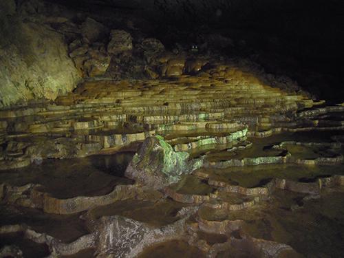 日原鍾乳洞は奥多摩の観光名所!アクセスや見所などおすすめ情報を調査!